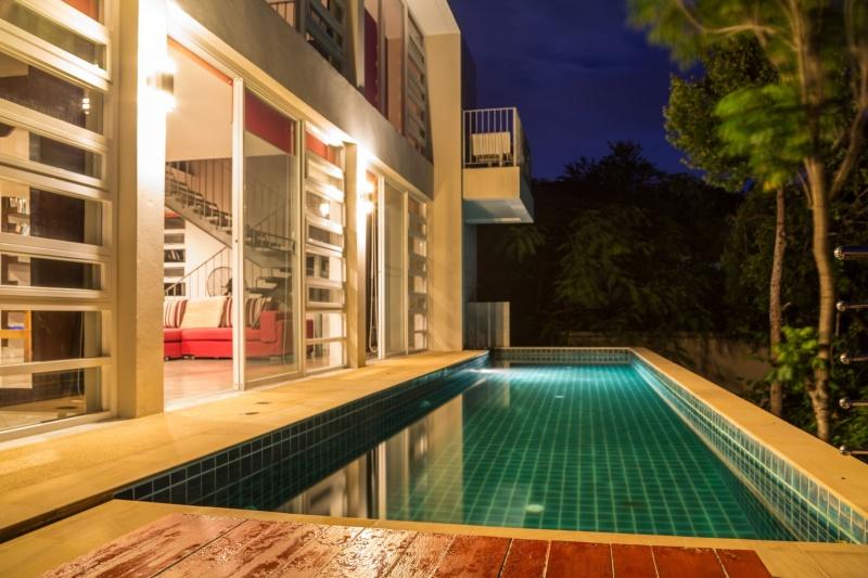 5 Bedrooms Bedrooms, ,4 BathroomsBathrooms,Villa,For Sale,1009